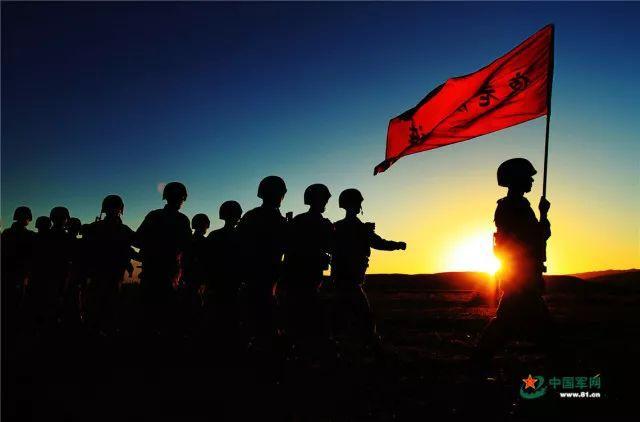"""为英雄的尊严奔走呐喊时,请不要忘记""""她们""""……"""