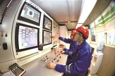 急速赛车彩票直播:全球首条特高压穿越长江综合管廊贯通_创多项第一