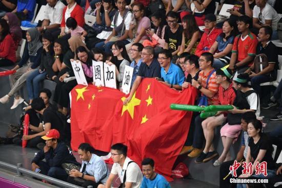 8月29日晚,亚运会女排四分之一决赛,中国女排3比0完胜菲律宾女排挺进半决赛。<a target='_blank' href='http://www.chinanews.com/'><p  align=