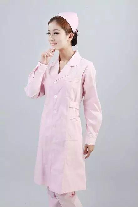 金沙娱乐官网网址:【实用】为什么手术室医生不穿白大褂,而穿绿色或蓝色制服?答案是…