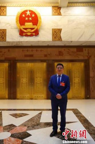 全国人大代表、浙江省侨联副主席、国和控股集团有限公司董事长陈乃科 崔楠 摄