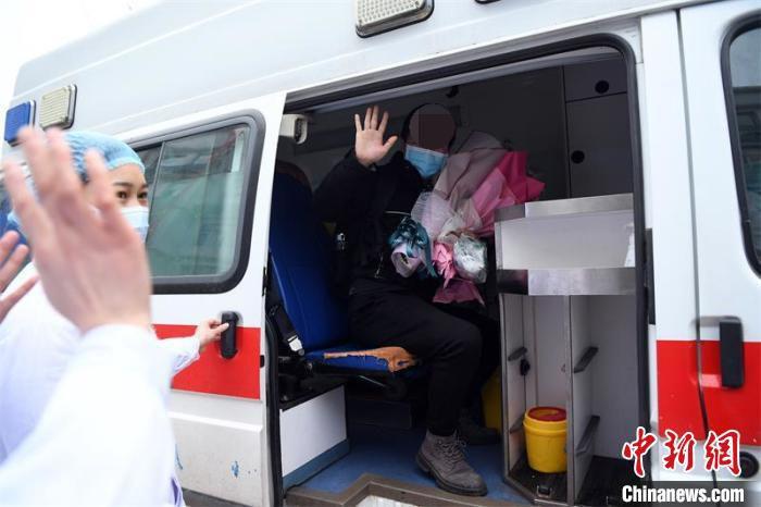 杨某出院后将继续自我隔离。 刘永红 摄