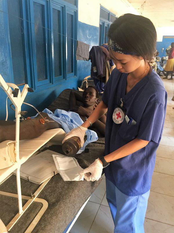 重庆时时彩免费开户:ICRC护士曾诗雅:在战地工作让我看到人性在绝处的光辉