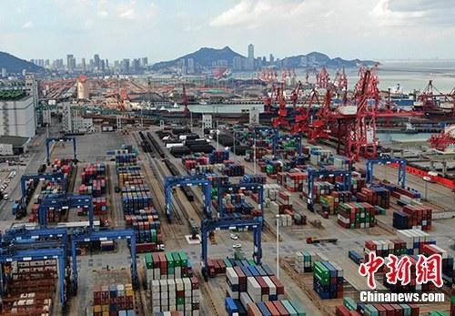资料图:集装箱码头。<a target='_blank' href='http://www.chinanews.com/'>中新社</a>记者 泱波 摄