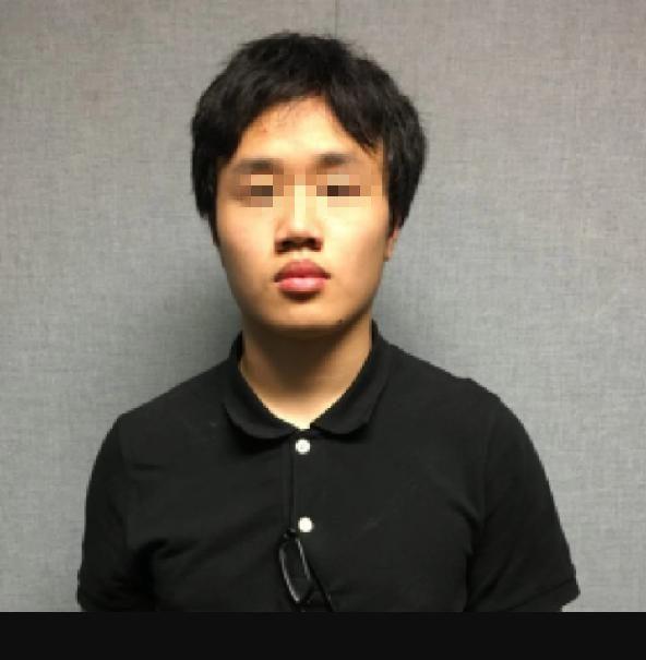 北京赛车官方投注平台:美华裔高中生携枪上学被捕_父亲:儿子想当军人