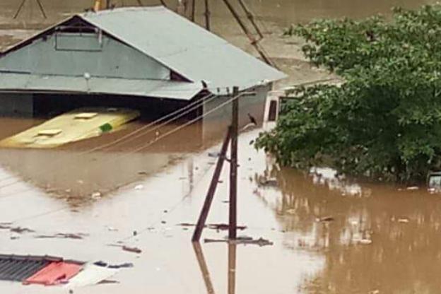 北京快乐8计算公式:印度喀拉拉邦洪灾致79死_超8万人被转移至救援营