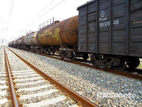 资料图:铁路货送。